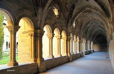 claustro-monasterio-valbuena
