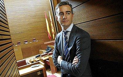 Costa, secretario gral PP Valencia (José Cuéllar. El Mundo, 090201)